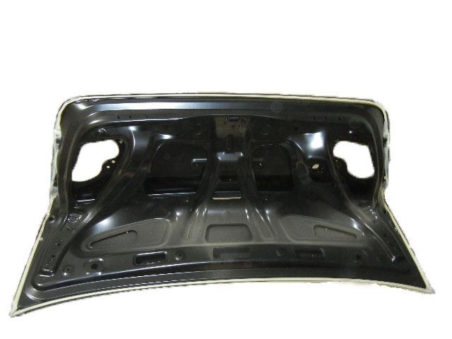 Trunk Lid Comp Genuine UH6